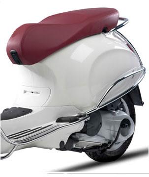 Achtervalbeugels Vespa Primavera / Sprint chroom origineel 1B000928